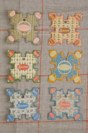 Six thread cards Cabourg model floral motifs by Sajou